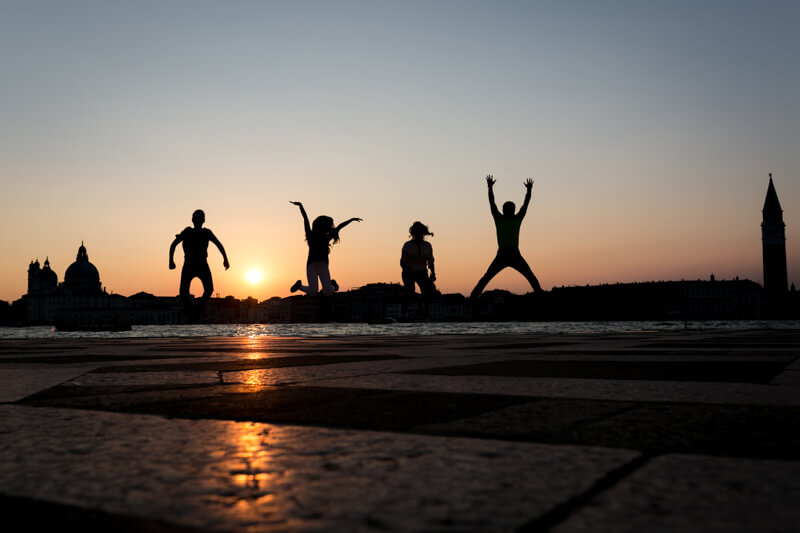 Servizio Fotografico di Famiglia a Venezia. Ecco Edward, giovane ballerina e la sua famiglia. Michelino Studio, fotografo professionista per famiglie, neonati e bambini in Veneto.
