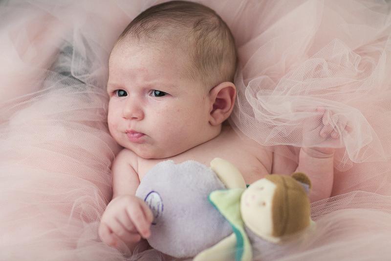 Servizio Fotografico Neonati e Newborn in Veneto. La piccola Nora. Michelino Studio, fotografo professionista per neonati, bambini e famiglia in Veneto.