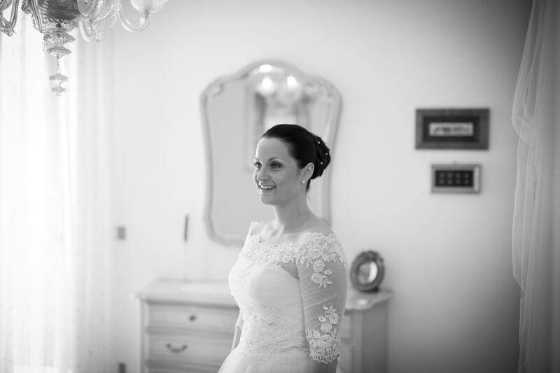 Servizio fotografico di matrimonio a Pordenone, chiesa di Santa Maria Concetta ad Eraclea. Michelino Studio, fotografo di matrimonio professionista in Veneto.