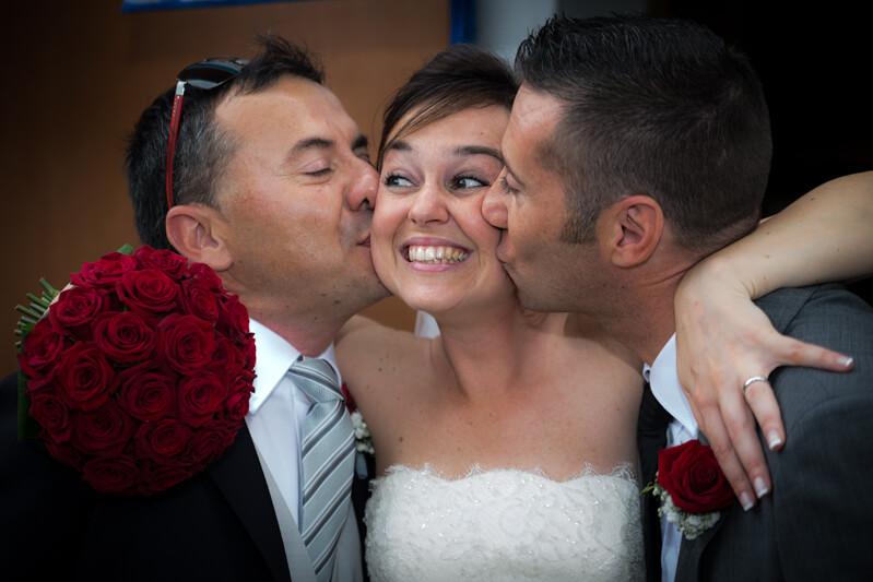 Fotografo di matrimonio isola di Burano, in laguna di Venezia. Rito religioso a Ca' Savio. Michelino Studio, fotografo di matrimonio professionista in Veneto.