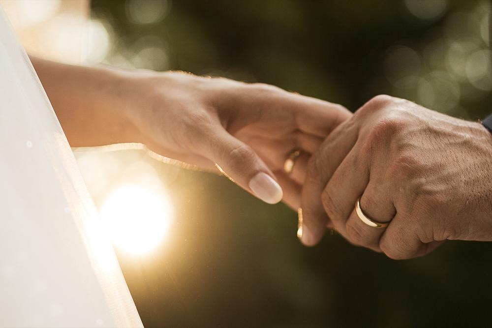Storia delle fedi matrimoniali: dall'Egitto ad oggi