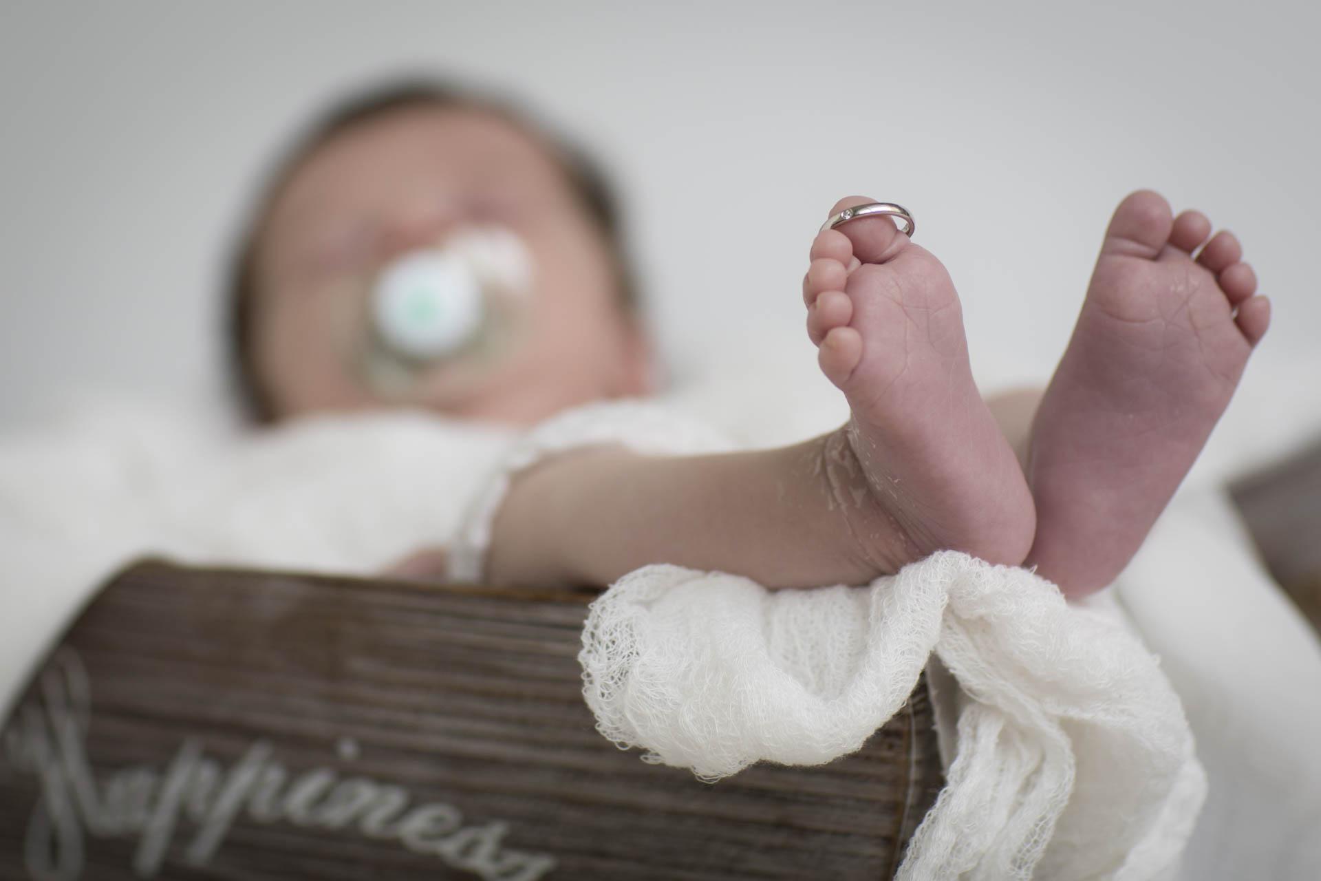 Servizio Fotografico Neonati e Newborn a Padova, Venezia, Veneto. Ecco il piccolo Tommaso. Michelino Studio, fotografo professionista per neonati, bambini e famiglia in Veneto. 014
