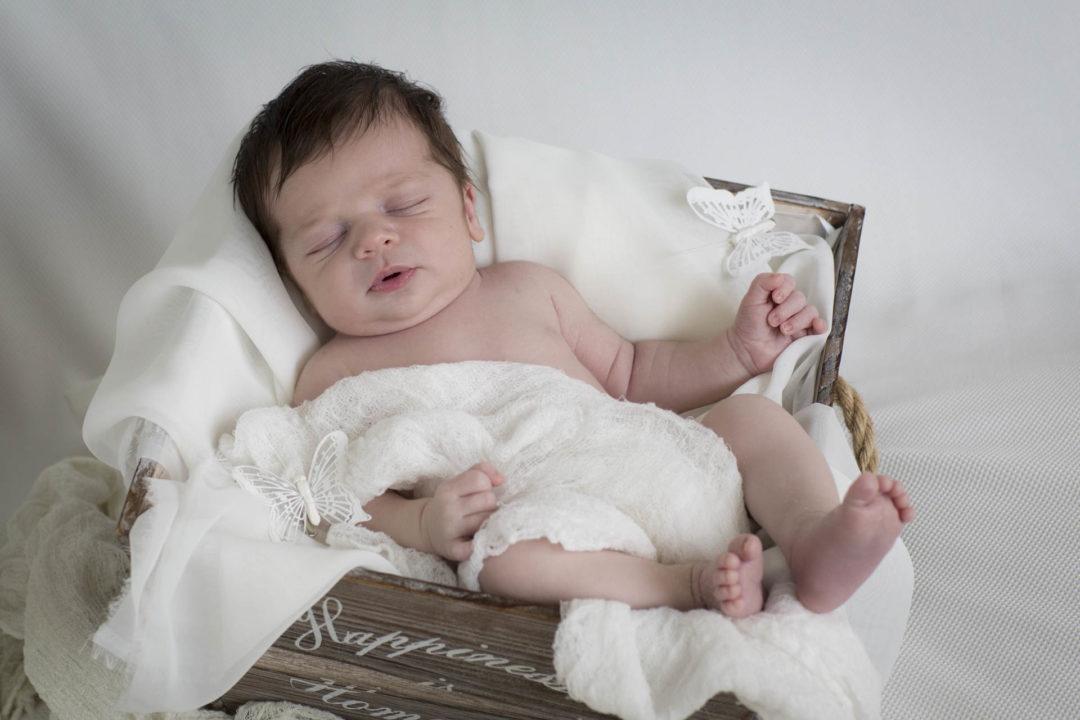Fotografo Neonati: ecco il piccolo Tommaso