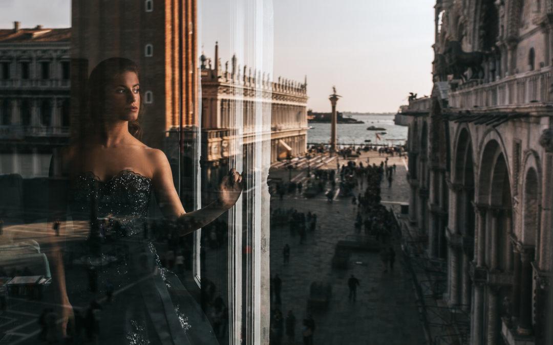 Servizio fotografico di coppia a Venezia. Woman