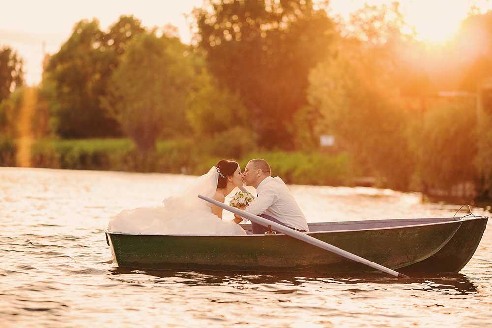 Matrimonio al lago: una scelta per gli animi romantici